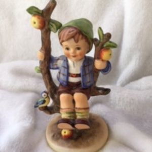"FABULOUS 6"" APPLE TREE BOY FULL BEE ARTIST…"
